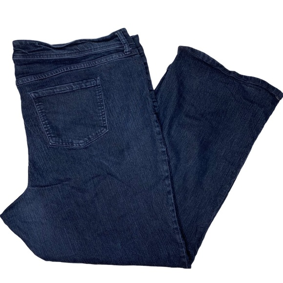Torrid 24R Dark Wash Denim Jeans Bootcut Plus Size Stretchy